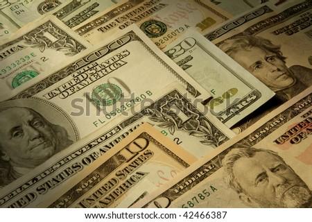 U.S. banknotes of various dollar denominations
