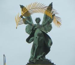 Ukraine, Lviv Theatre of Opera and Ballet, bronze sculpture Glory
