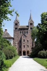 UNESCO-Weltkulturerbe Schloss Corvey und ehemaliges Kloster - Pfarrkirche St. Stephan und St. Veit
