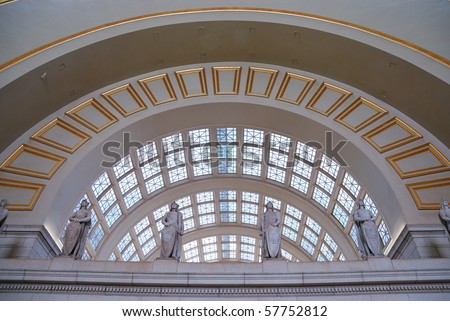 Union station, Washington dc, with statue and curved window.