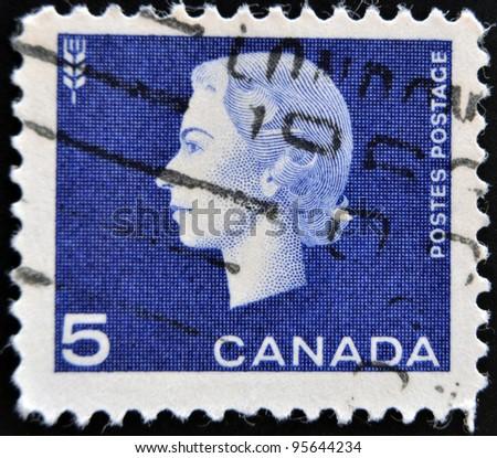 UNITED KINGDOM - CIRCA 1952: A postage stamp printed in Great Britain showing a portrait of queen Elizabeth II, circa 1952.