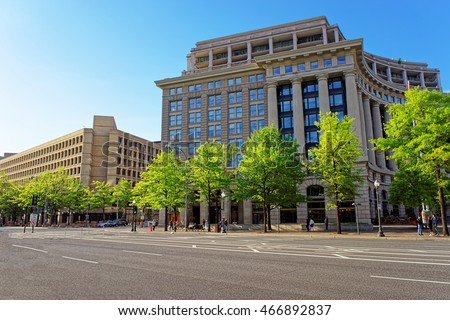 United States Navy Memorial and FBI building situated in Washington D.C., USA. Navy Memorial was established on October 13, 1987. It is associated with the Memorial is the Naval Heritage Center.