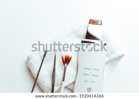uno's scrubber spoon on a white background top view .the concept of cosmetology and spa .space for text Stok fotoğraf ©