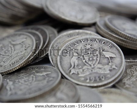 1951  Australian Silver SIXPENCE KING GEORGE VI very Nice ZACK
