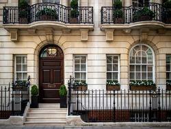 Upmarket Georgian house in Mayfair, London