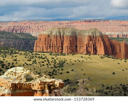 upper cathedral valley overlook, cathedral valley, capitol reef, utah