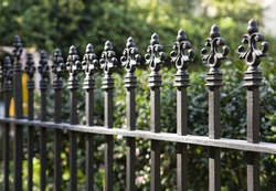 Uptown Fence Topper, 1