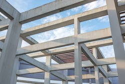 Urban modern high-rise building roof cement column beam and steel pipe staggered structure
