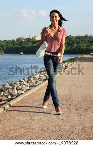 urban woman - step by step