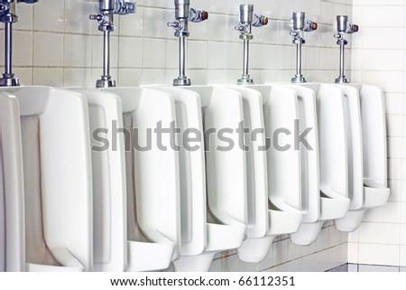 urinal man clean toilets