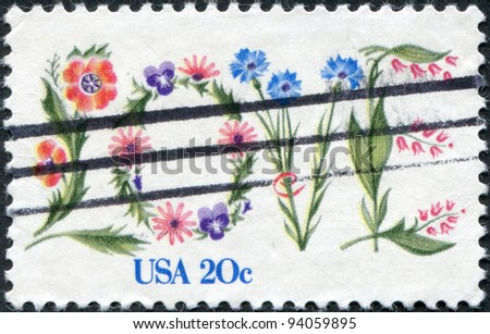 USA - CIRCA 1982: A stamp printed in the USA, dedicated to St. Valentine's Day, shows the word LOVE in flowers, circa 1982