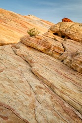 USA, Nevada, Valley of Fire State Park, Rock striations at sunrise