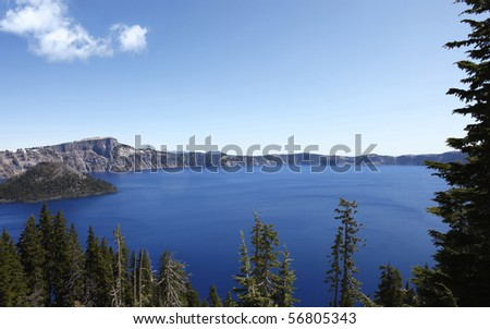 USA, Oregon, Crater Lake with Wizard Island