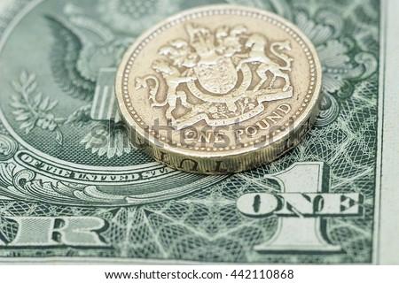 USD/GBP #442110868