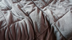 Use trace on grey blanket