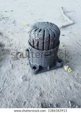 used fuel filter with used oil