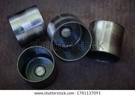 Used valve bucket tappets with grinding modified Сток-фото ©