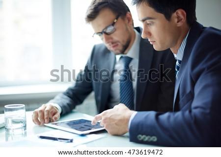 Using digital tablet at office