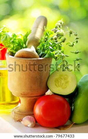 Utensils and ingredients of mediterranic cuisine.
