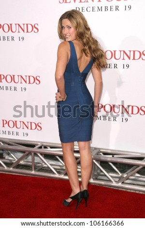 Vail Bloom   at the Los Angeles Premiere of 'Seven Pounds'. Mann Village Theatre, Westwood, CA. 12-16-08