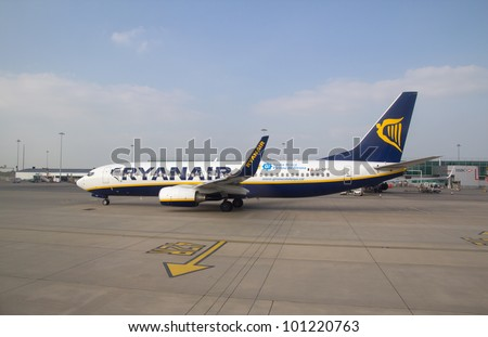 VALENCIA, SPAIN - FEB 6: A Ryanair aircraft at the Valencia, Spain airport on February 6, 2011. Ryanair, a carrier based in Dublin, Ireland, operates over 290 Boeing 737-800 aircraft across Europe.
