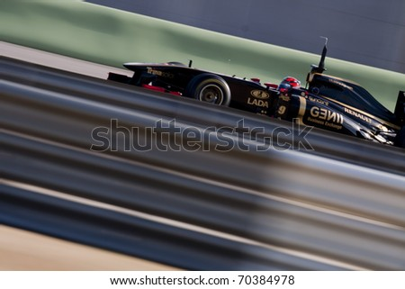 VALENCIA, SPAIN - FEBRUARY 2: F1 Winter Test - Kubica, Lotus Renault Team - on February 2, 2011 in Cheste, Valencia, Spain #70384978