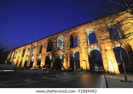 Valens Aqueduct (Bozdogan Kemeri) In Istanbul, Turkey ...