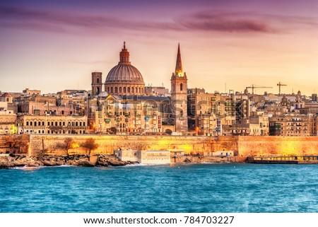 Valletta, Malta: skyline from Marsans Harbour at sunset Stock fotó ©