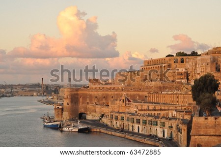 Valletta view in sunrise