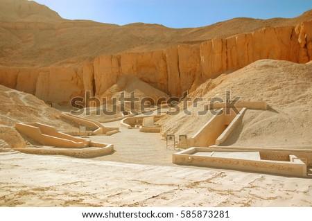 Valley king tomb pharaon