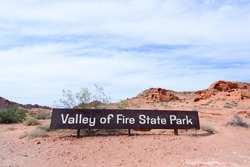 Valley of fire state park sign, Valley of fire national park in California