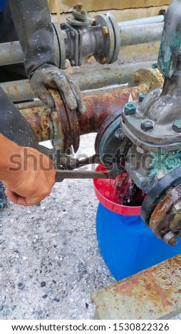 Valve maintenance, chemical spills in a chemical plant