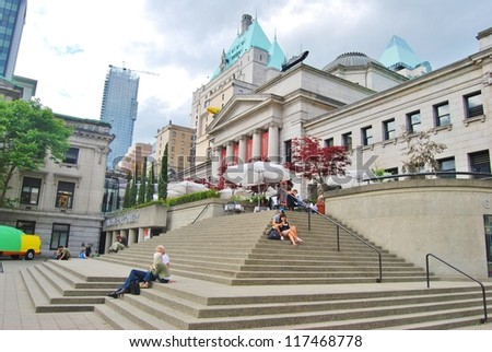 VANCOUVER, CANADA - JULY 05: Vancouver Art Gallery on July 05 , 2008 in Vancouver, Canada. Vancouver Art Gallery is 5th largest art gallery in Canada and largest in Western Canada.