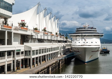 VANCOUVER, CANADA - MAY 16: Cruise Ship at Canada Place Harbor on May 16, 2007 in Vancouver, Canada. Vancouver main cruise ship terminal was built in 1927 and pavilion added in 1986.
