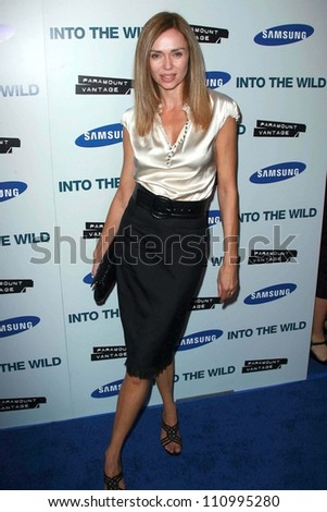 """Vanessa Angel at the premiere of """"Into the Wild"""". Directors Guild Of America, Los Angeles, CA. 09-18-07 - stock photo"""