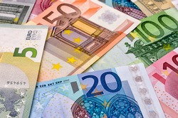 Various euro bank notes