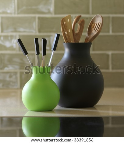 Vases of silicona in the kitchen(cuisine)