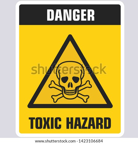 Vector Triangle sign icon dangerously toxic. Yellow triangle sign with a skull toxic and text: Danger. Toxic zone. Illustration of a toxic skull symbol sign in flat minimalism style. Stock fotó ©