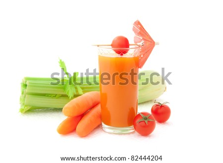 Vegetable juice and fresh vegetables