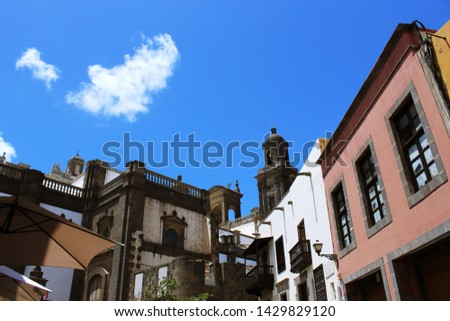 Vegueta neighborhood secondary view with lot of blue sky above. #1429829120