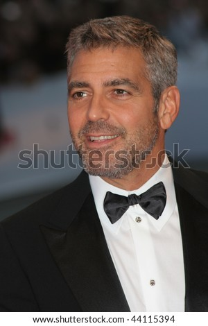 VENICE - AUGUST 31:George Clooney attends the Michael Clayton Premiere in Venice during day 3 of the 64th Venice Film Festival on August 31, 2007 in Venice, Italy.
