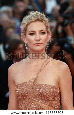 VENICE, ITALY - AUGUST 30: Kate Hudson arrive at the Venice Film Festival on August 30, 2012 in Venice, Italy