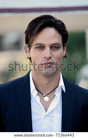 gabriel garko 2010. 02: Actor Gabriel Garko