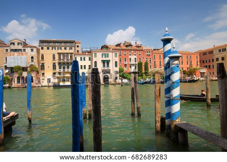 Venice / view of the river channel and historical architecture #682689283