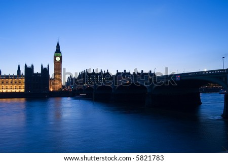 very rare picture of big ben stopped with the clock at 12h, the clock stop very few times since 1858