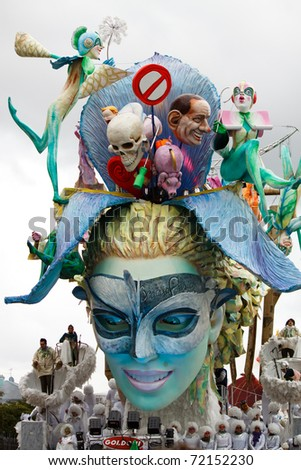 VIAREGGIO, ITALY - FEBRUARY 21: Carnival floats parade on the promenade of Viareggio, during the famous Carnival of Viareggio on February 21, 2010 in Viareggio, Italy