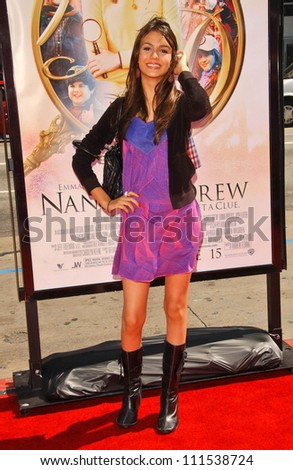 "Victoria Justice at the World Premiere of ""Nancy Drew"". Grauman's Chinese Theatre, Hollywood, CA. 06-09-07"