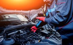 Video investigate. Engine diagnostics. Car repair. Service station.