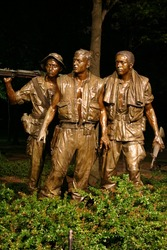 Vietnam Memorial Statue at night