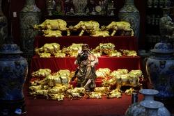 Vietnamese Gold Pottery Shop Display 2021
